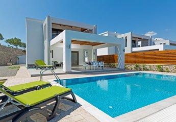 3 bedroom Villa for rent in Lindos