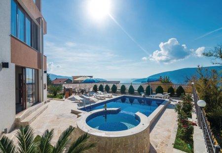 Villa in Herceg Novi, Montenegro