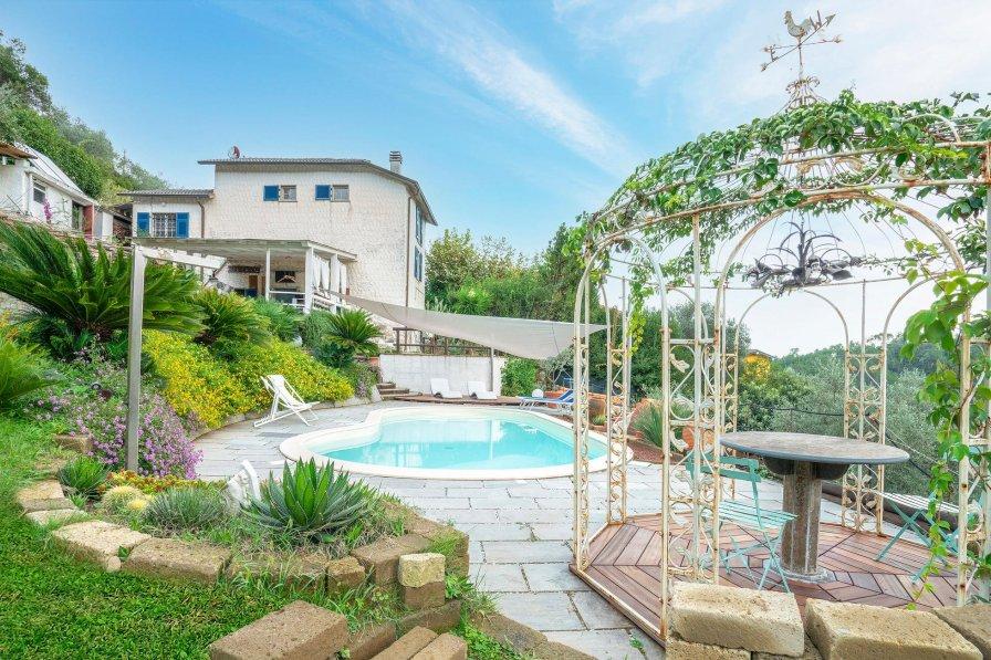 Villa in Italy, La Spezia