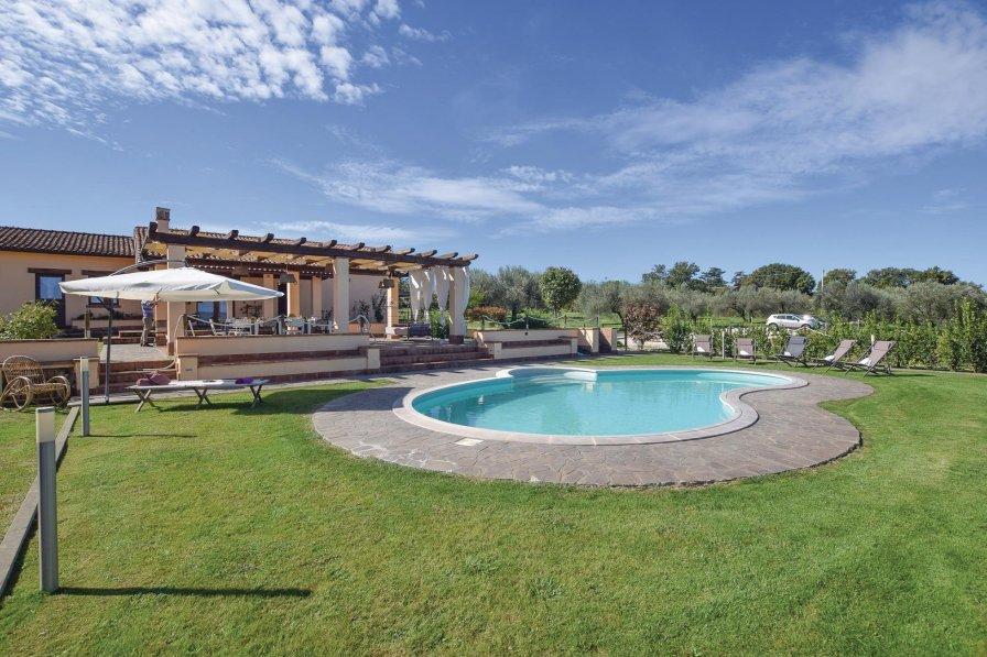 Villa in Italy, Capodimonte
