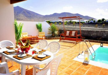 4 bedroom Villa for rent in Playa Blanca