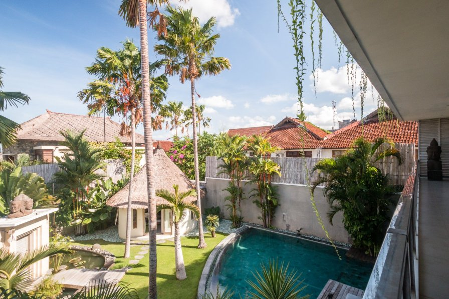 Close to beach/rests. 3bdrs Seminyak - Villa Lisa