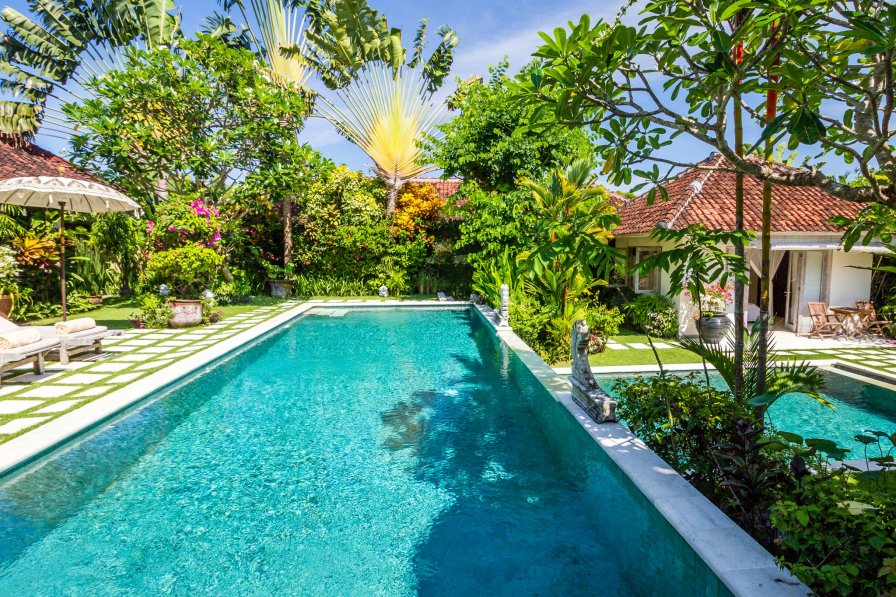 Perfect 4 bdrs 5m walk to the beach - Villa Senang