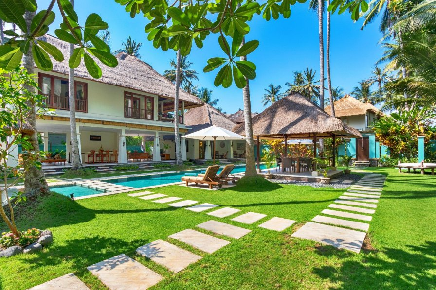 Villa in Indonesia, Sengkidu
