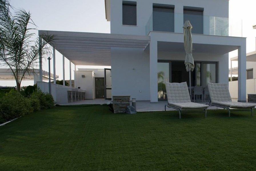 Villa in Cyprus, Pentacomo