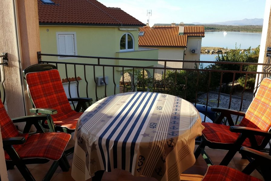 Apartment in Croatia, Klimno