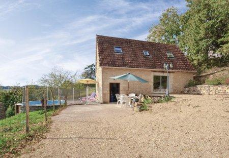 Villa in Aubas, France