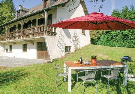 Villa in Tarnac, France