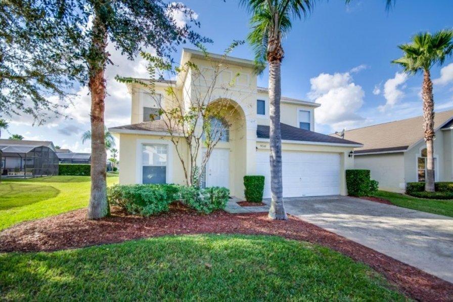 """At Last Your Luxury Villa Rental in Orlando Berkley Resort 059E"""
