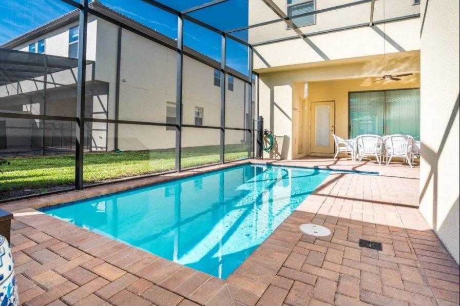 """Your Perfect Luxury Contemporary Retreat in Orlando"" CF11"
