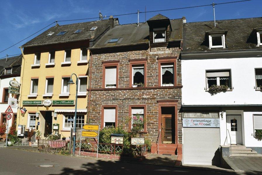 Apartment in Germany, Kroev