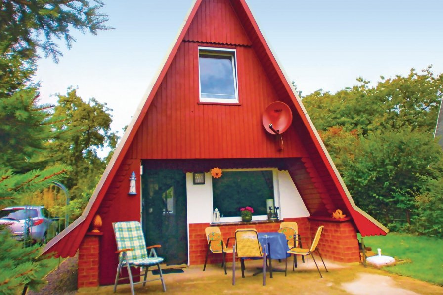 House in Germany, Luebtheen