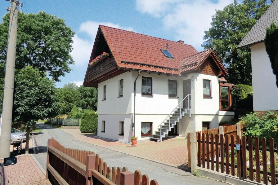 House in Germany, Auerbach