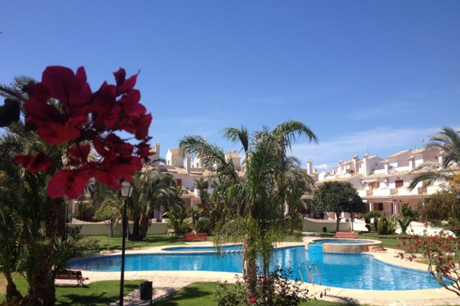 Gran Alacant Villa With Pool