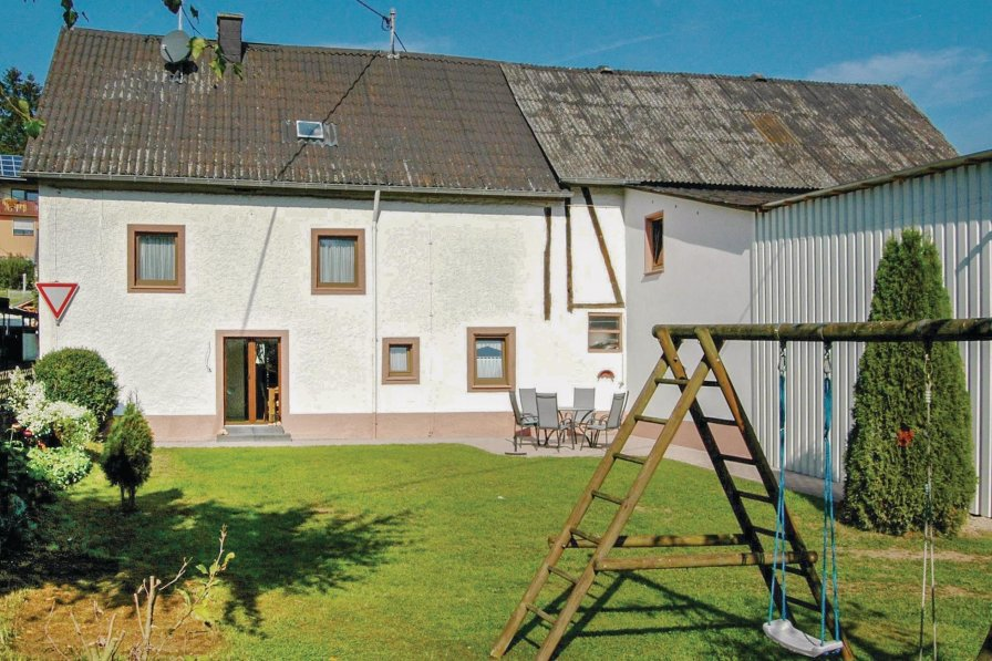 House in Germany, Udler