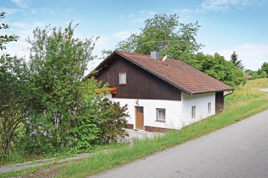 Holiday home in Wiesenfelden