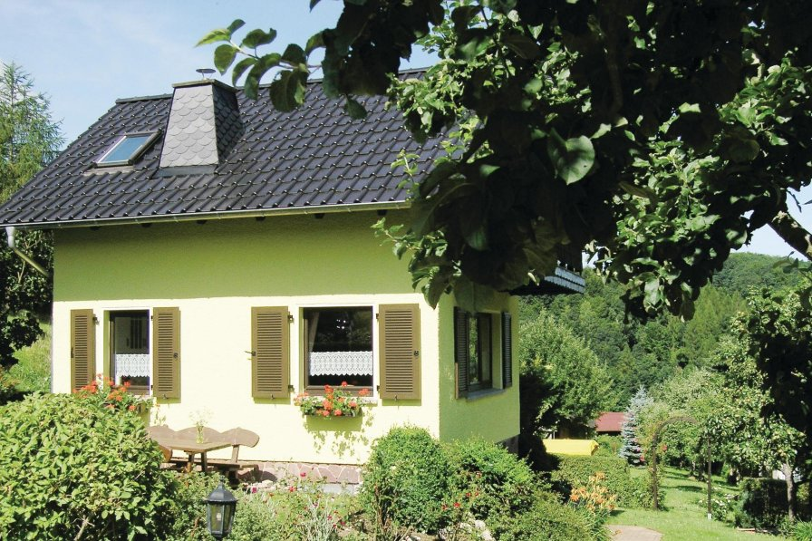 Holiday home to rent in Trusetal