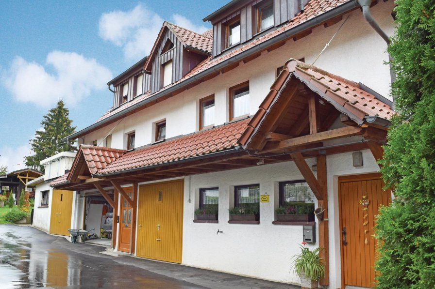 Holiday home to rent in Alpirsbach