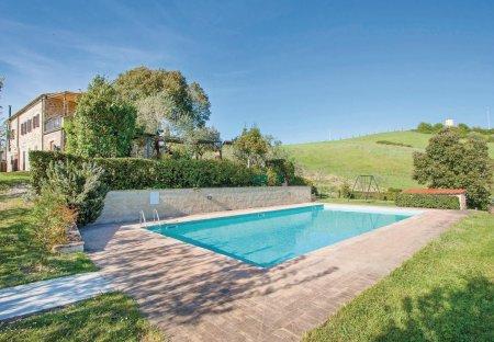 Villa in Casole d'Elsa, Italy