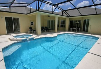 Villa in USA, Grand Reserve: 32' x 16' Pool and 40' x 30' deck