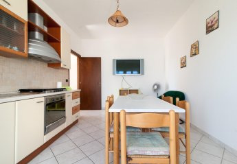 2 bedroom Apartment for rent in Lido Marini