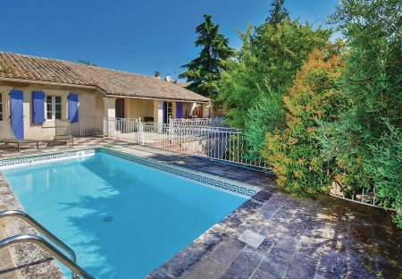 Villa in Robion, the South of France