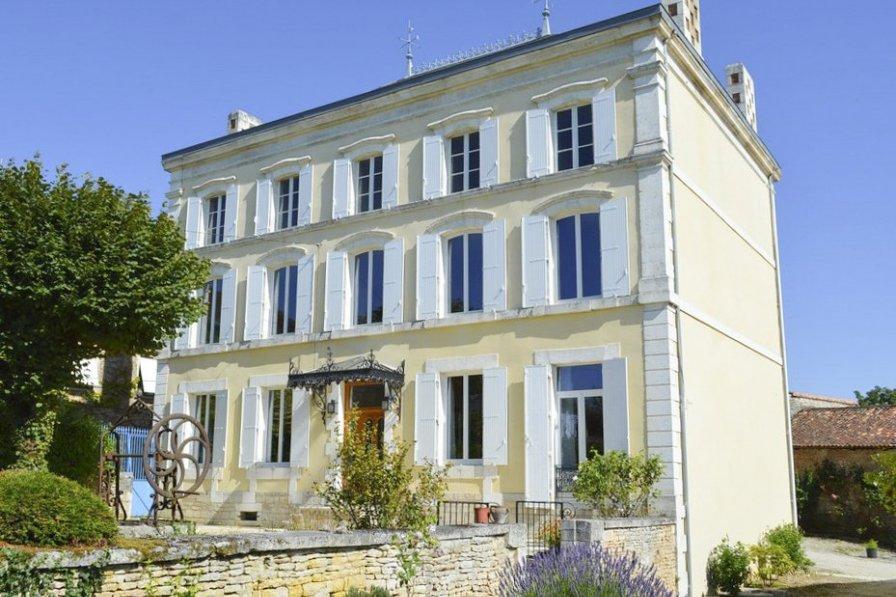 Villa in France, Bioussac