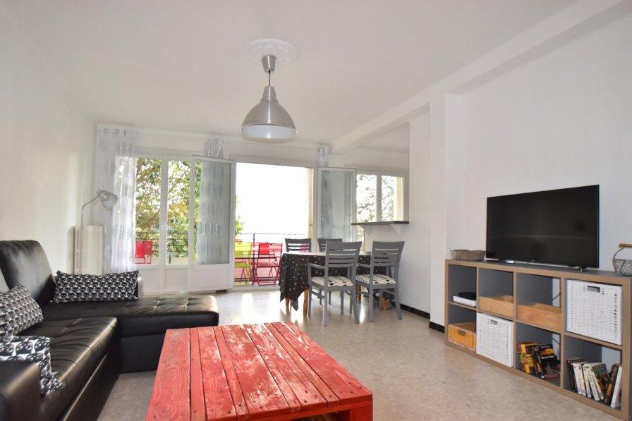 Apartment in France, La Colline