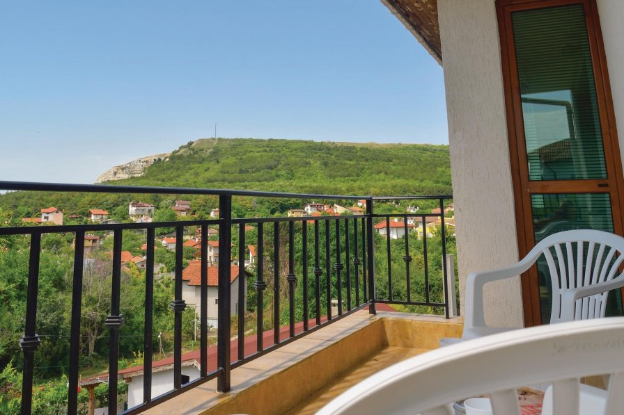 Balchik holiday apartment rental with shared pool