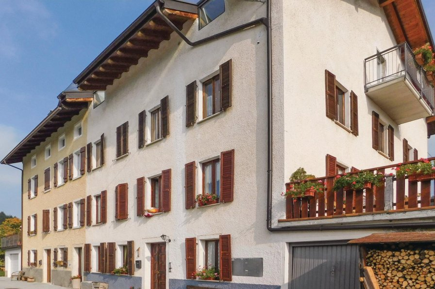 Apartment in Italy, Oseli