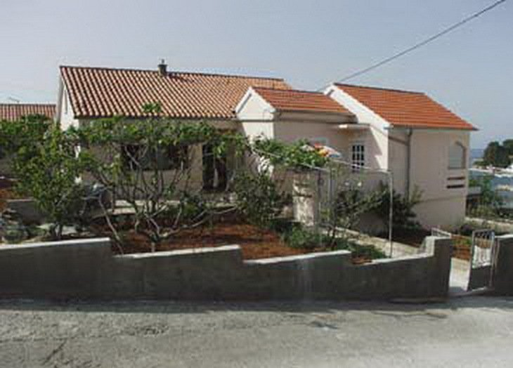 Apartment in Croatia, Lukoran