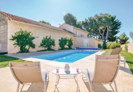 Villa in Rasteau, the South of France