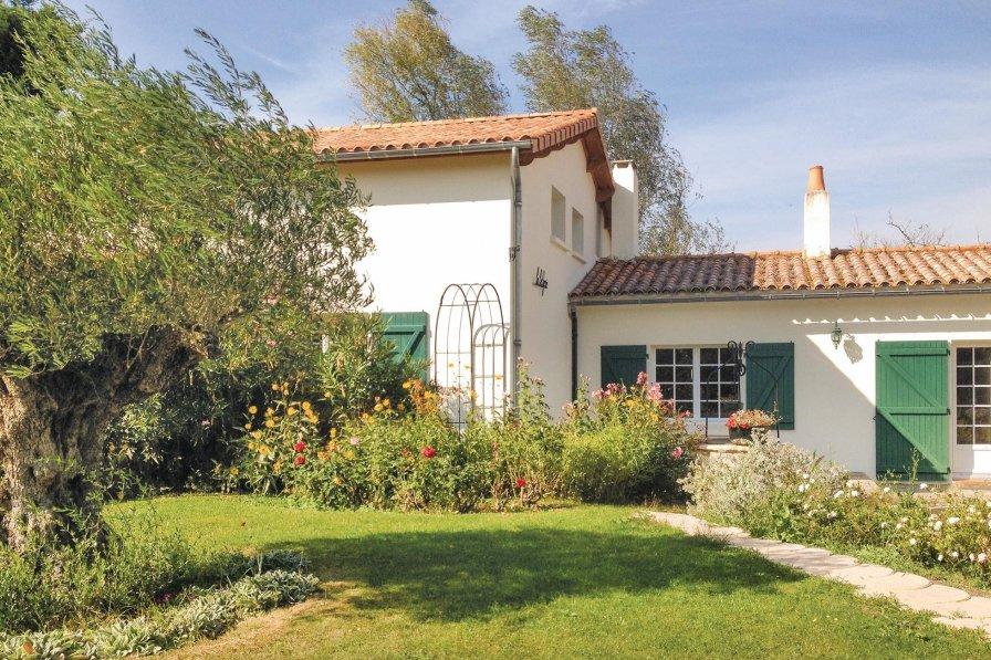 Villa in France, Saint-Michel-en-l'Herm