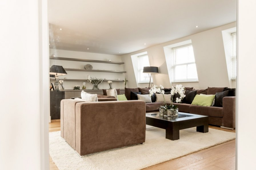 Ultraluxurious 4BR home w/ gym parking & private terrace