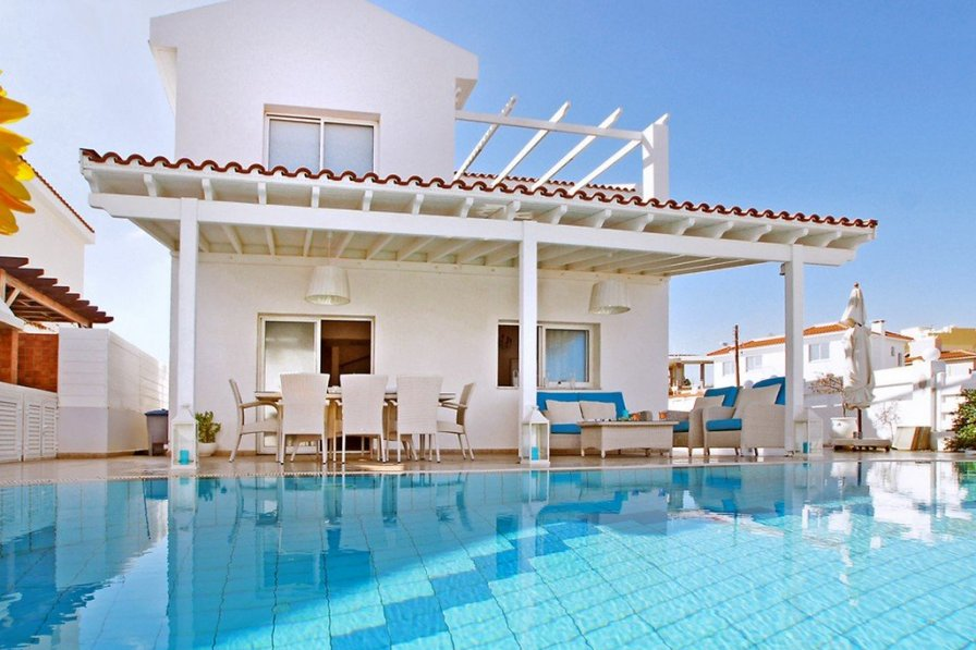 Villa to rent in protaras cyprus 232141 for Villas xanthe