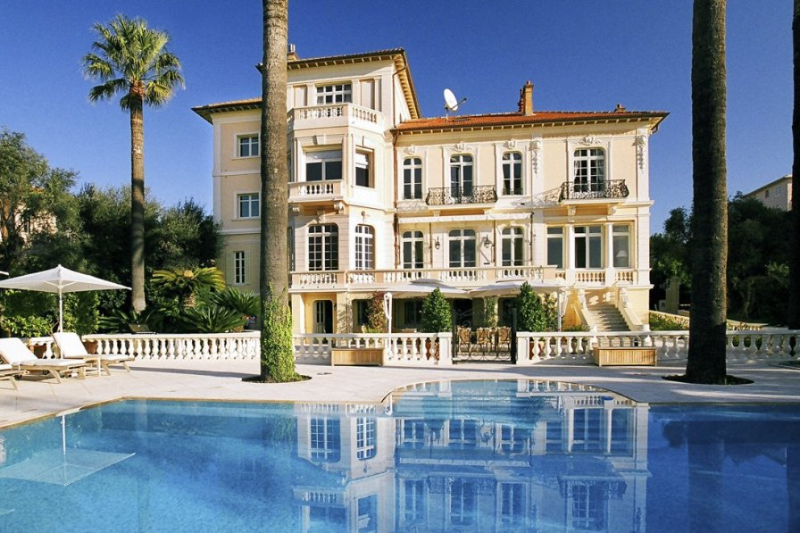 Villa in France, Petit-Juas