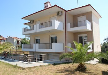 2 bedroom Apartment for rent in Halkidiki
