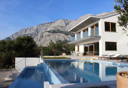 Villa in Tučepi, Croatia