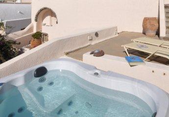 4 bedroom House for rent in Santorini