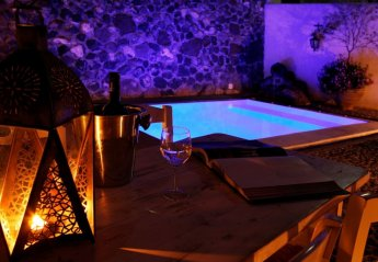 1 bedroom House for rent in Santorini