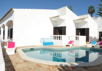4 bedroom Villa for rent in Albufeira