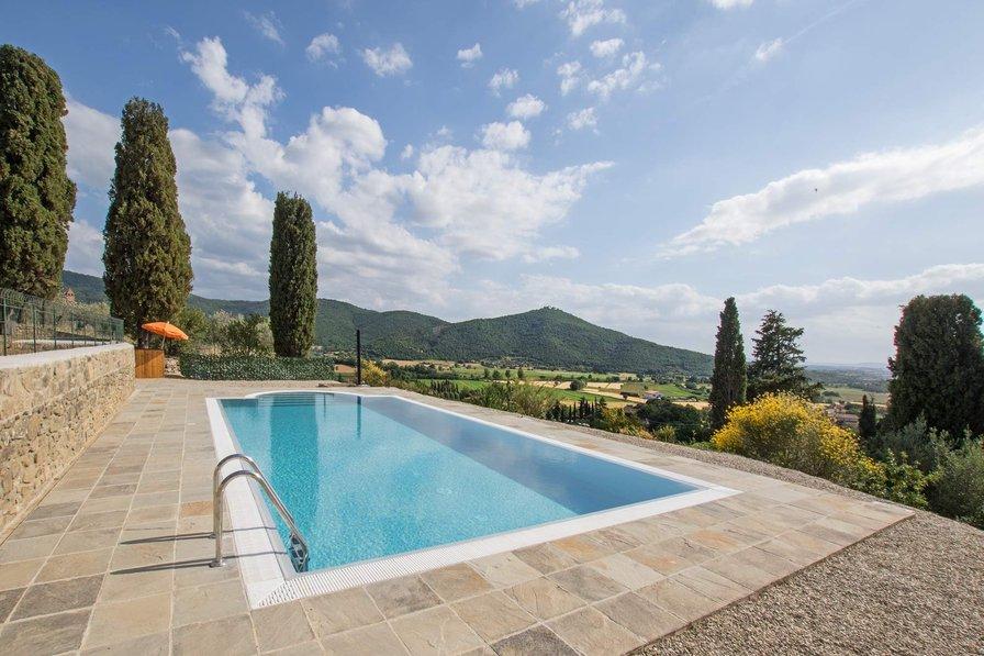 Villa in Italy, Pergaccio