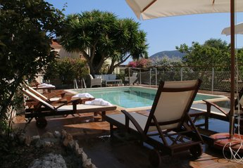 4 bedroom Villa for rent in Fiscardo