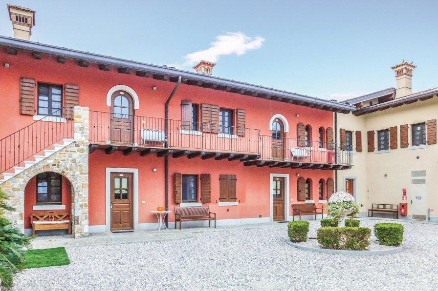 Apartment in Italy, Corona