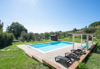 2 bedroom Villa for rent in Monteverdi Marittimo