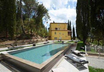 7 bedroom Villa for rent in Chiusi