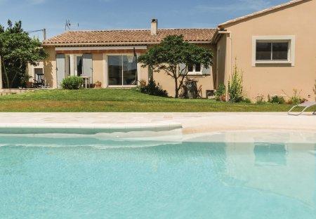 Villa in Entraigues-sur-la-Sorgue, the South of France