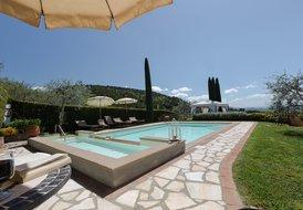 Villa in Italy, Iano