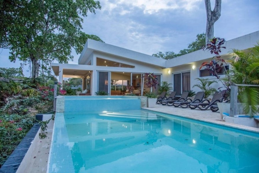 Villa with swimming pool in Sosua