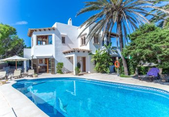 5 bedroom Villa for rent in Cala D'Or